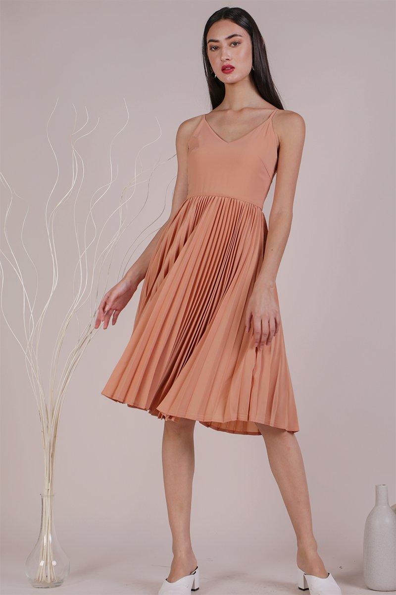 Kiki Pleated Dress (Peach)