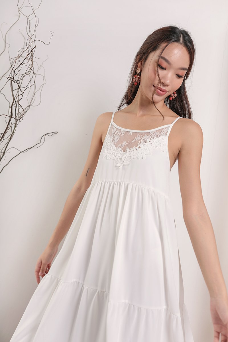 Arla Lace Maxi Dress (White)