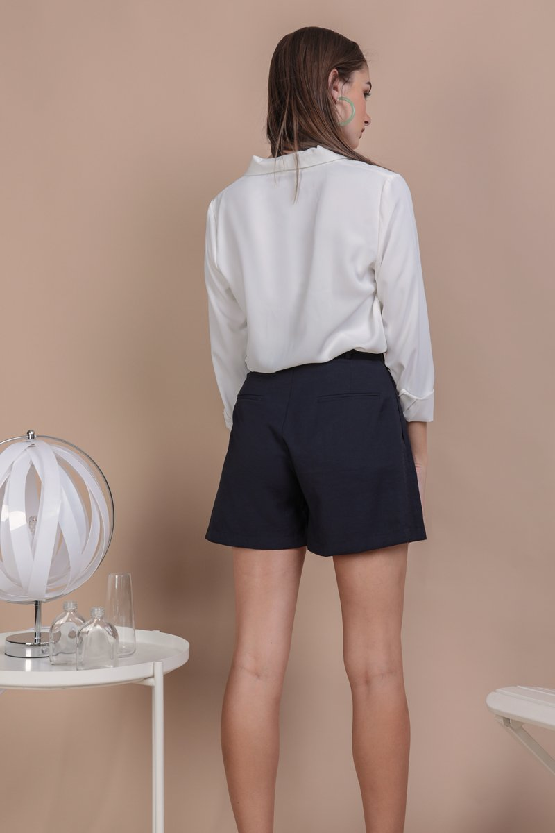 Oda Button Shorts (Navy)