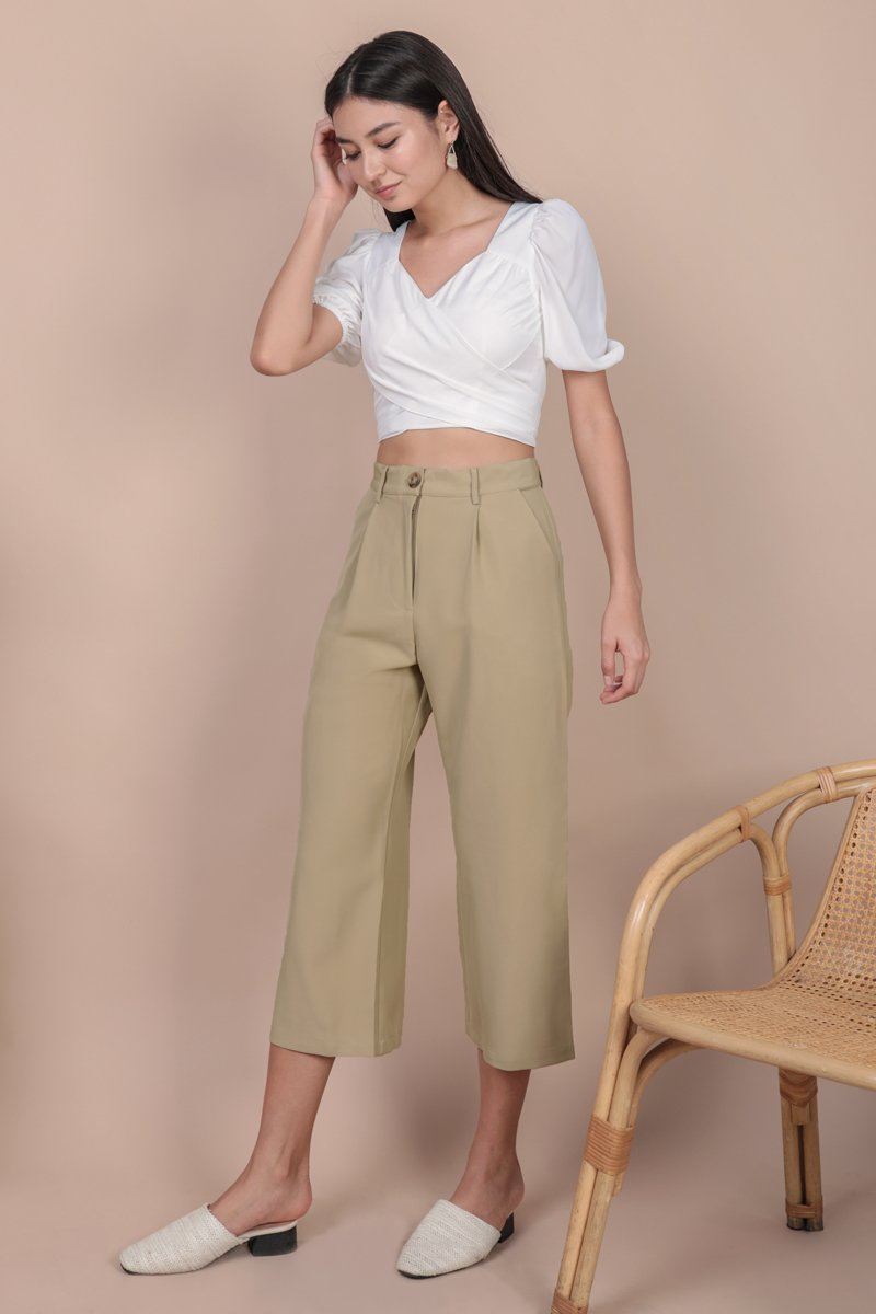Carrie Puffy Wrap Top (White)