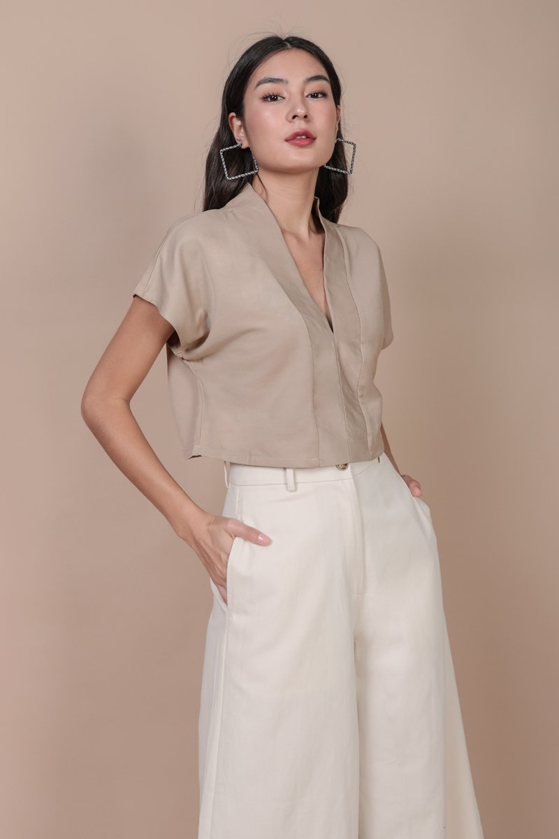 Tayler Cropped Blouse (Light Taupe)