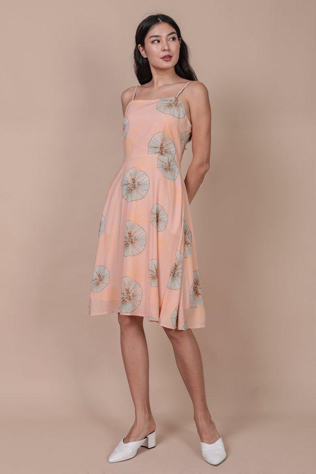 Tess Midi Dress (Pink Posies)