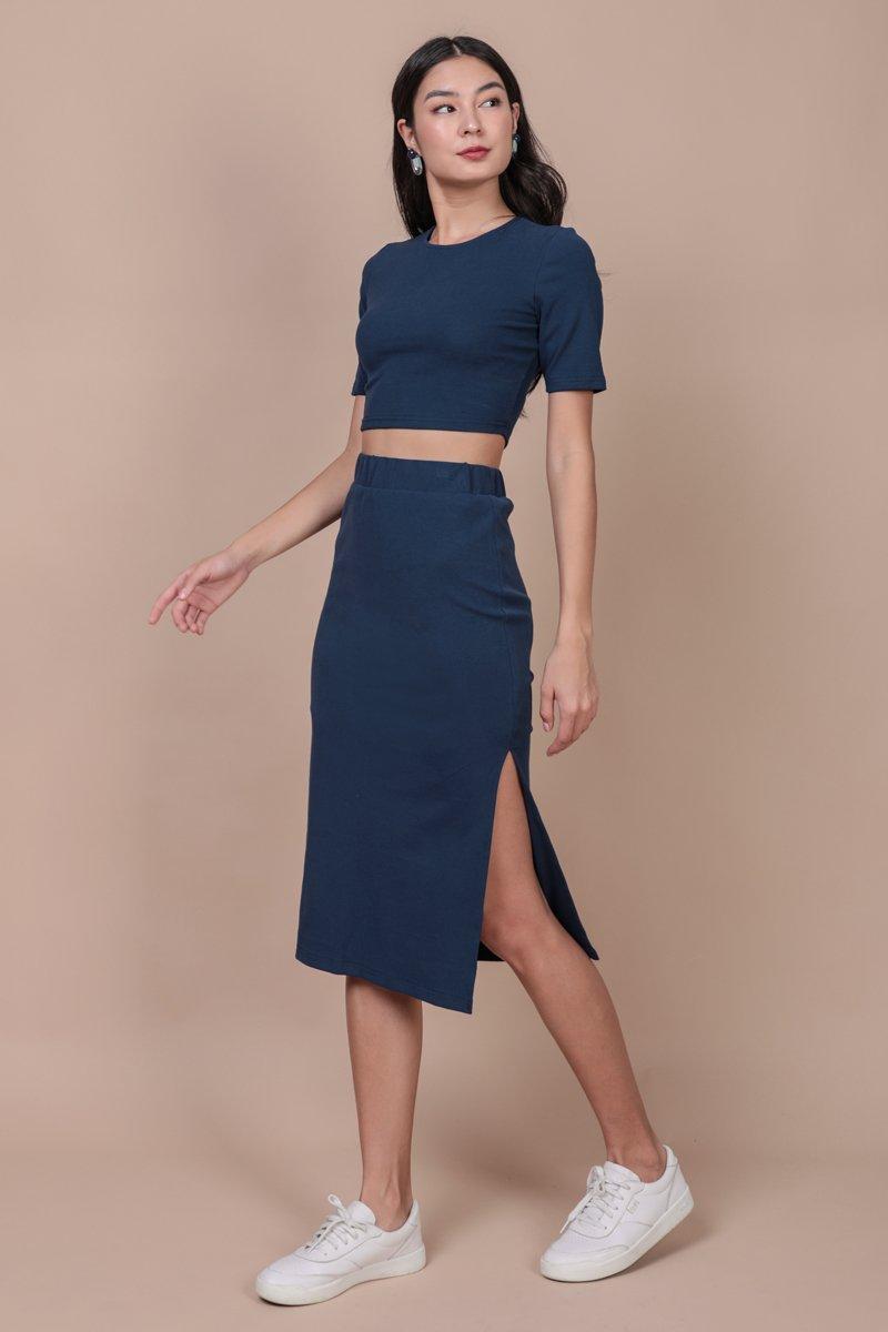 Decker Midi Skirt (Marine Blue)