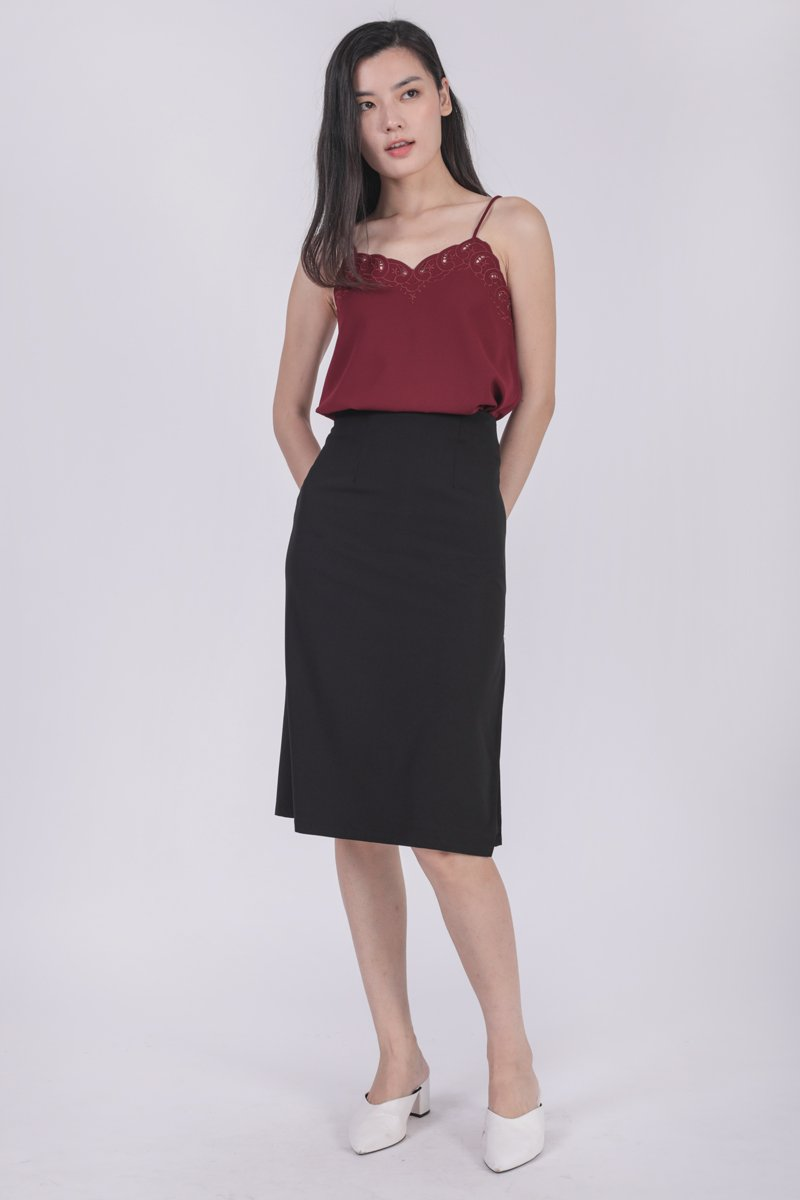Seth Embroidery Spag Top (Maroon)