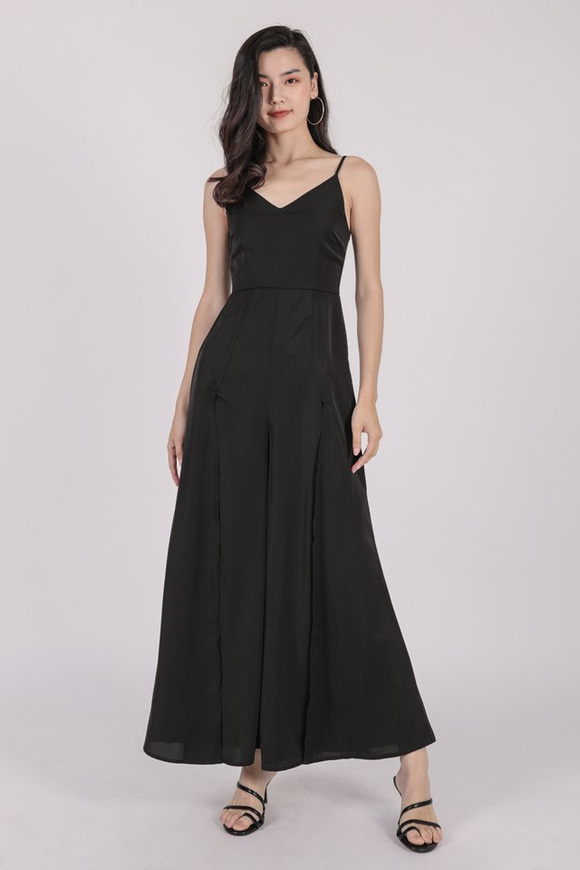 Lynda Jumpsuit (Black)