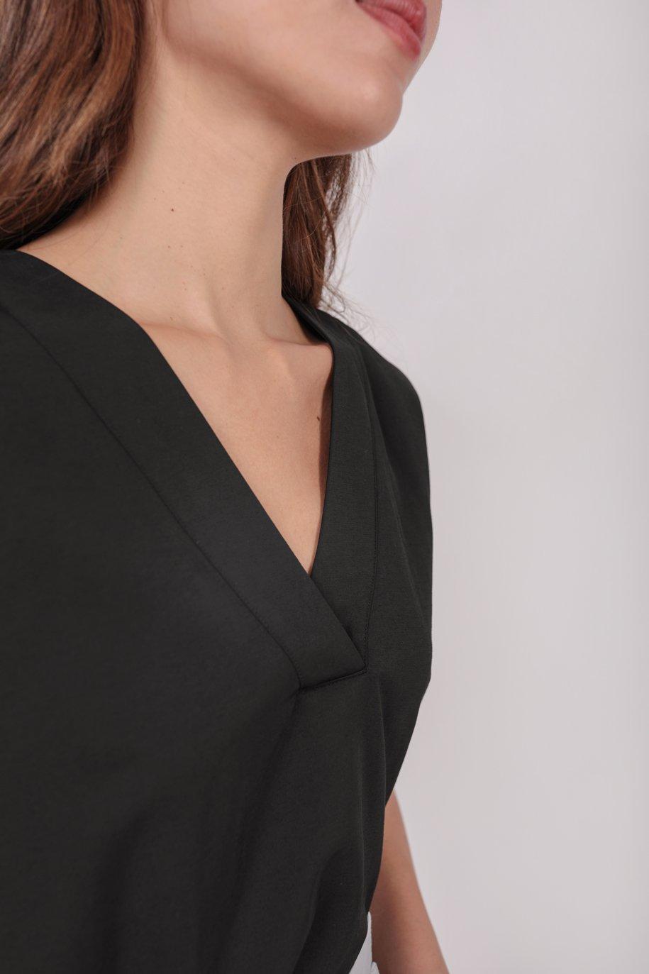 Laurent Sleeved Top (Black)