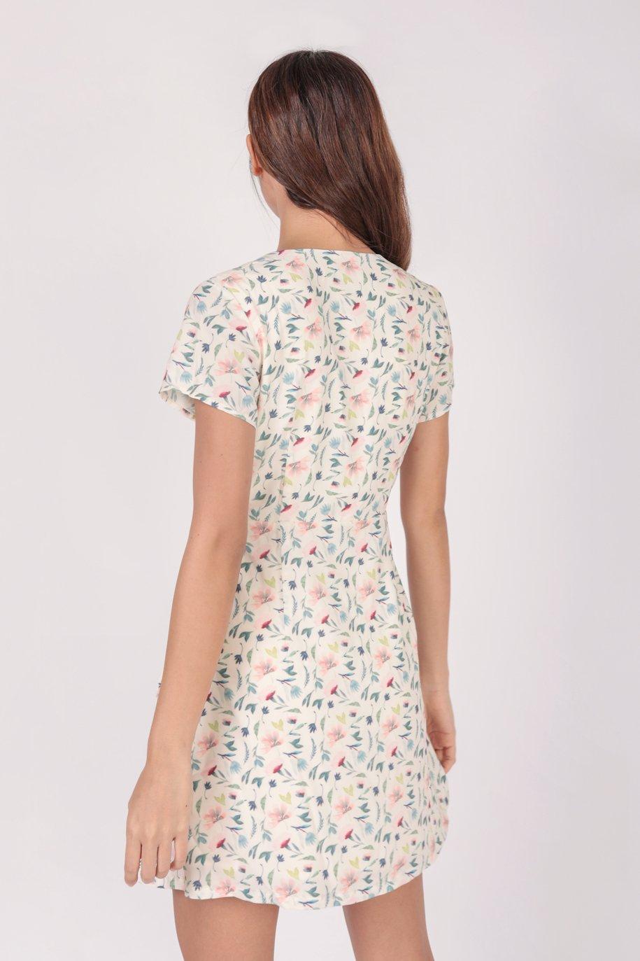 Remy Sleeved Dress (Cream Petals)