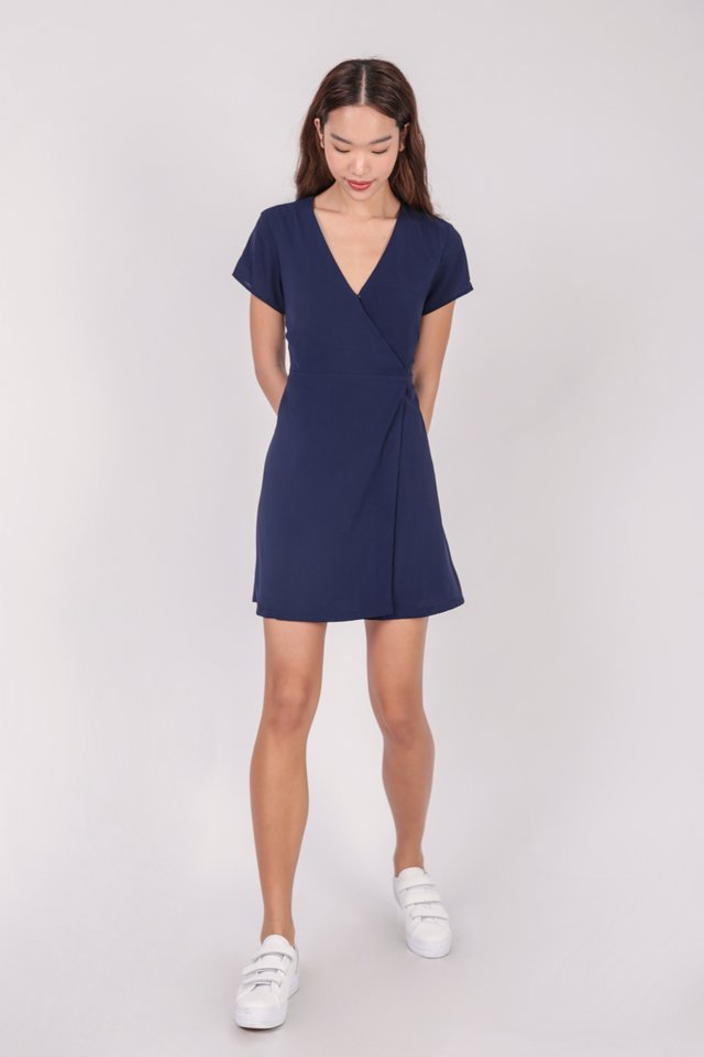 Remy Sleeved Dress (Navy)