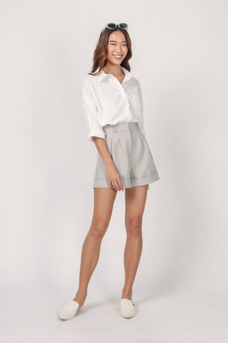 Brook Tailored Shorts (Dove Grey)