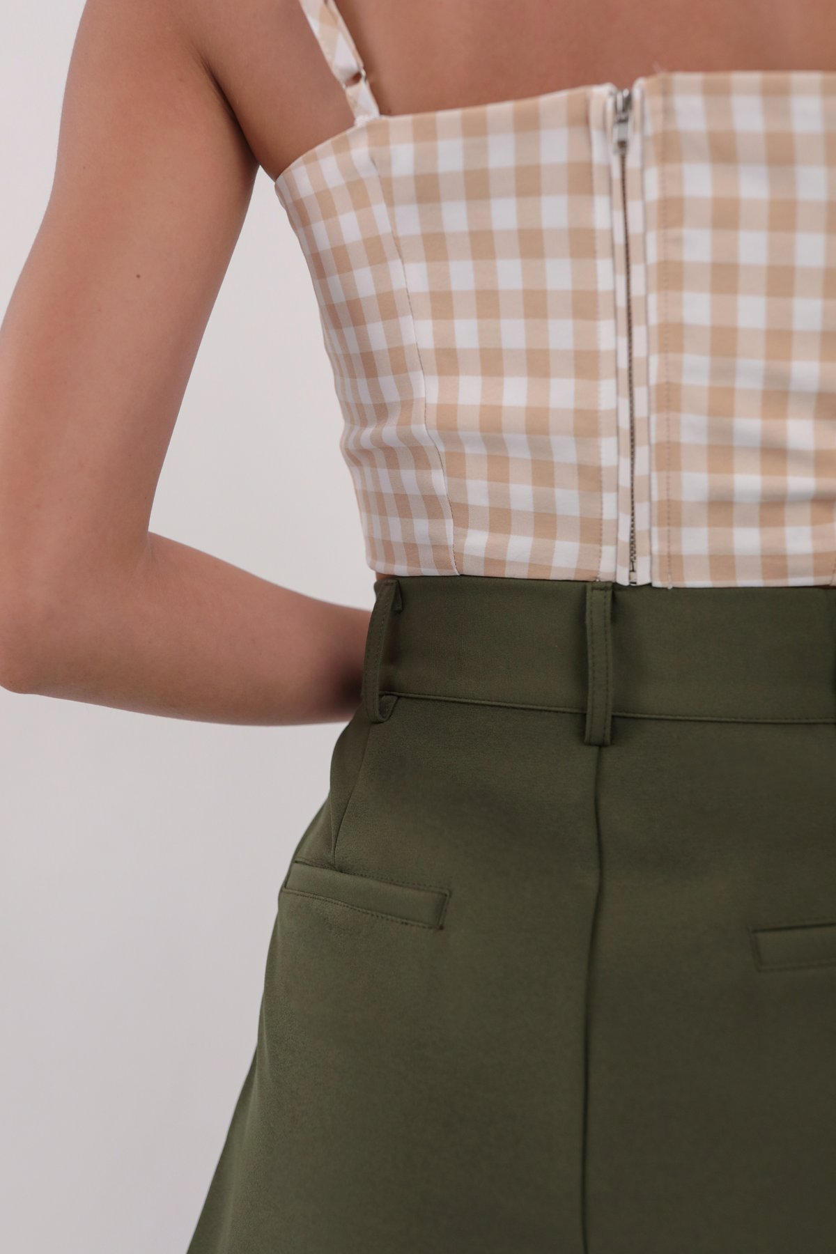 Brook Tailored Shorts (Olive)