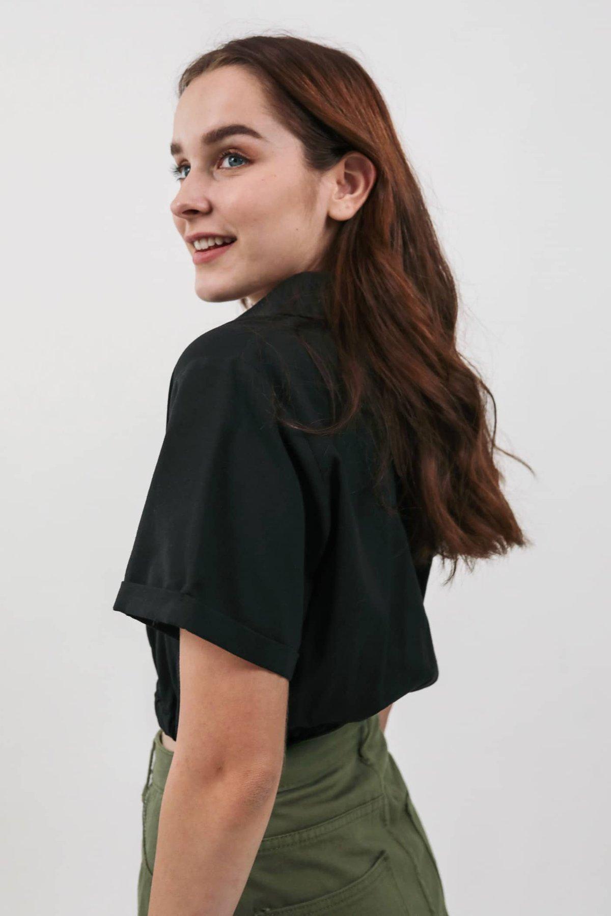 Clarke Pocket Top (Black)