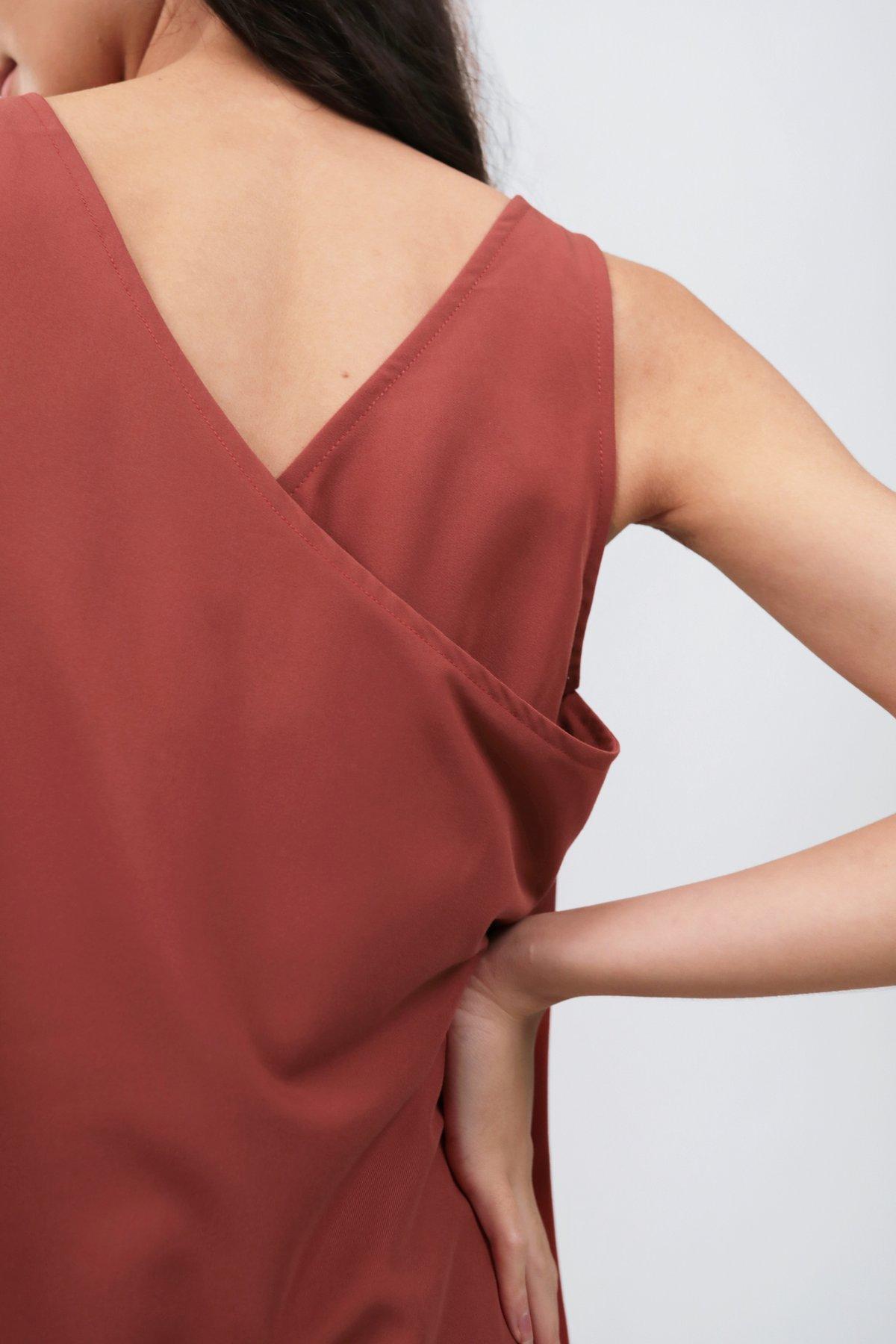 Sil Overlap Dress (Red)