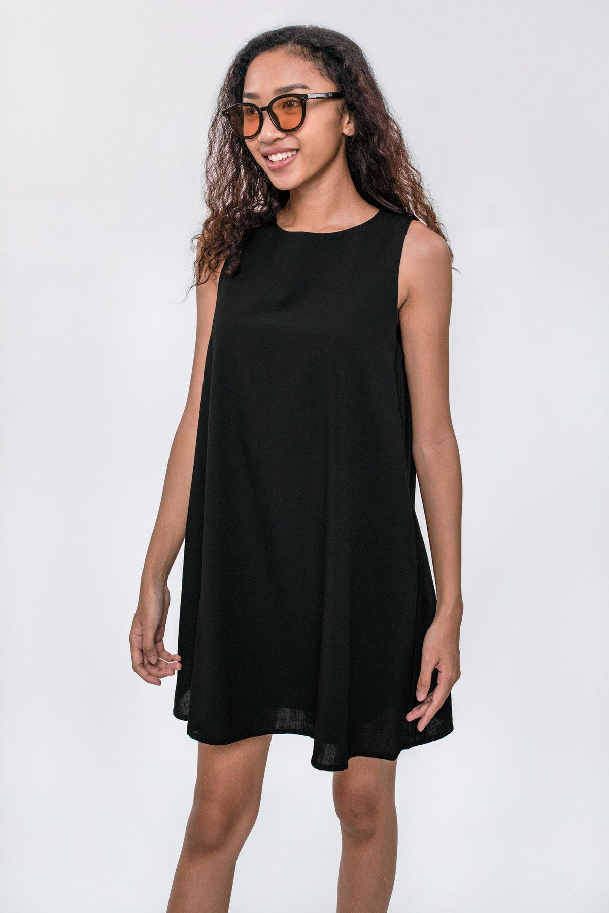 Dania Swing Dress (Black)