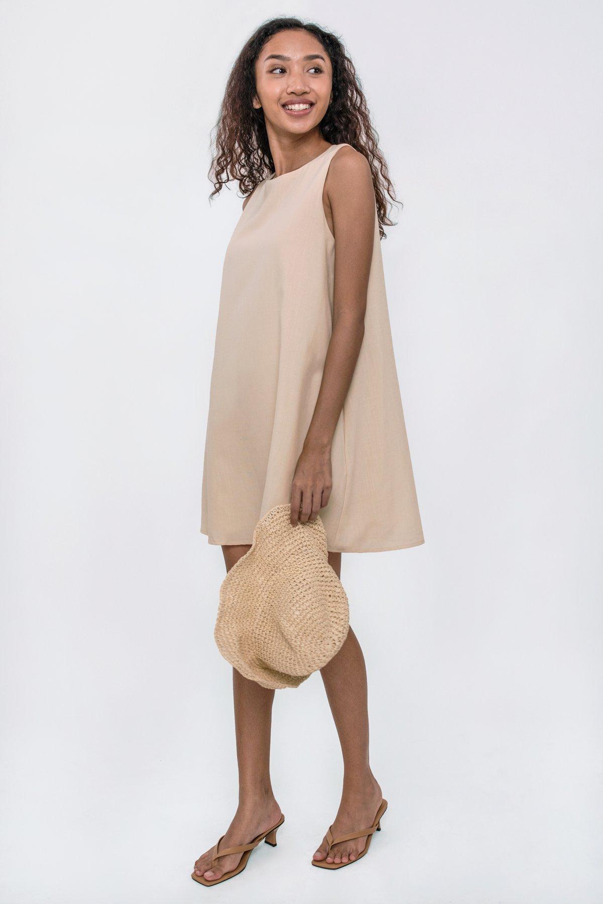 Dania Swing Dress (Nude)