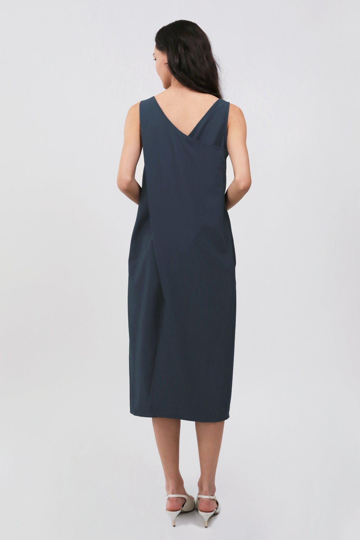 Sil Overlap Dress (Navy)