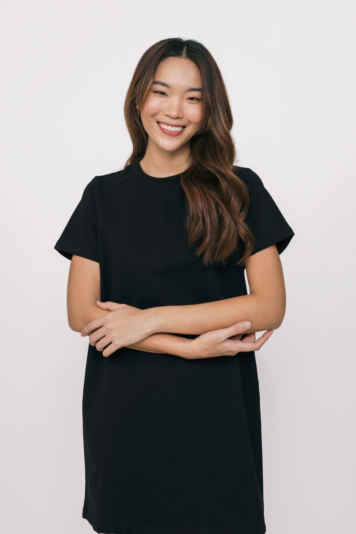 Ariane T-Shirt Dress (Black)