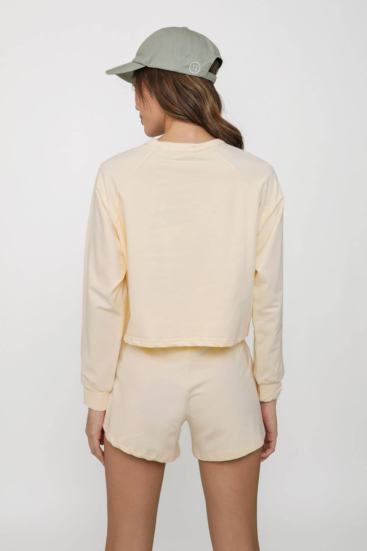 Good Things Pullover Set (Cream) Limited Edition